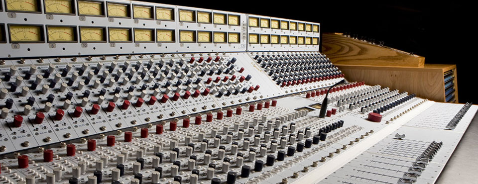 AT SOUNDPIT, WE PRESS ALL THE RIGHT BUTTONS...